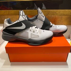 2012 KD 4s. White, Cool Grey and Black. Size 11.5